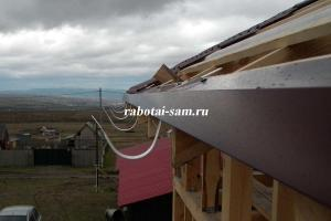 Карнизная планка на крыше