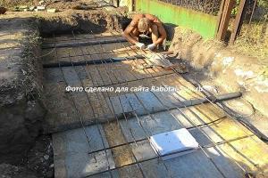 Делаем перекрытие выгребной ямы из бетона своими руками