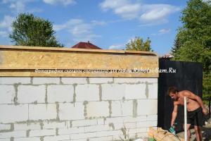 Как построить простой гараж из пеноблоков: инструкция по возведению