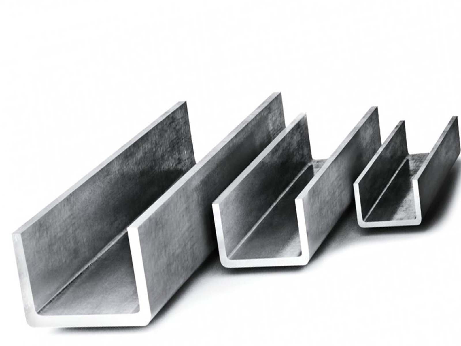 Металлический швеллер для сделанной коптильни