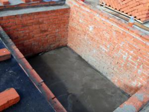 Строим подвал и стены из красного кирпича