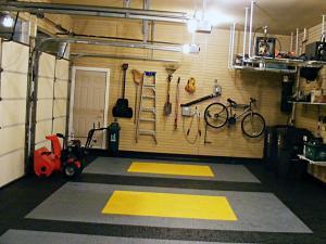 Расположение инструментов в гараже