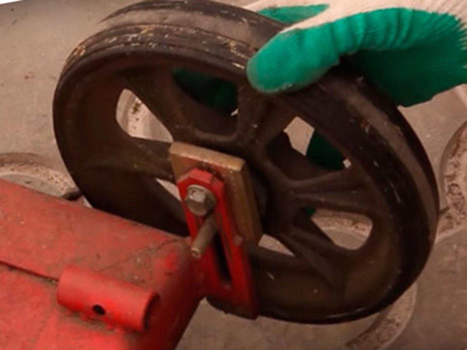 Выбираем правильные колеса для газонокосилки из стиральной машины