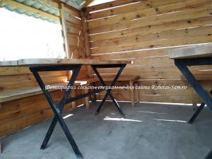 Готовый деревянный стол в беседку