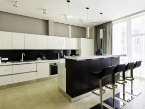 Кухонный интерьер в стиле минимализм - советы дизайнеров на 2020 год