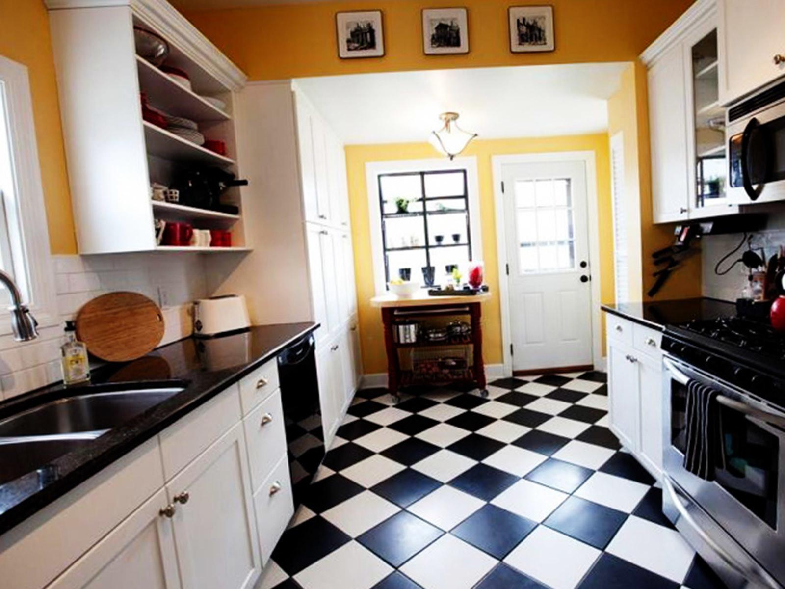 Выбираем черно-белую плитку на кухонный пол 2019-2020