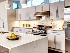 Добавляем на кухню современные гаджеты