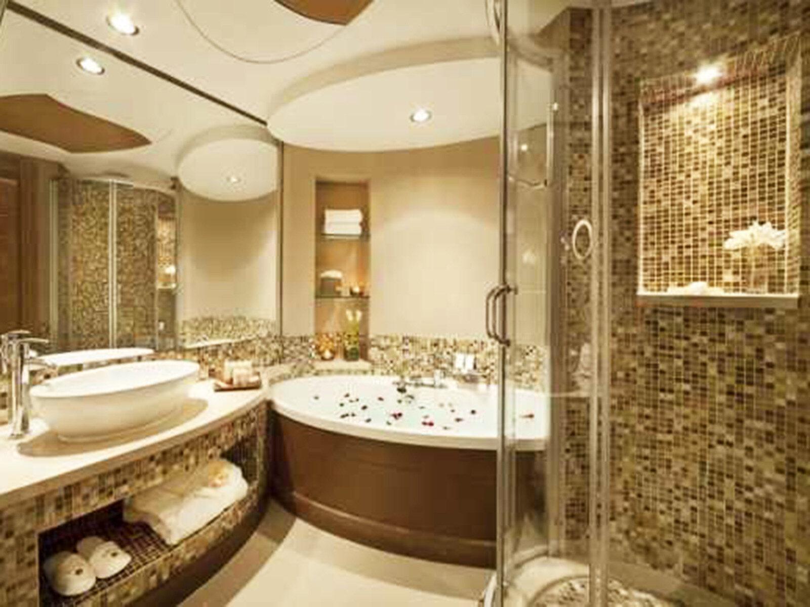 Стеклянная душевая кабинка в ванную комнату