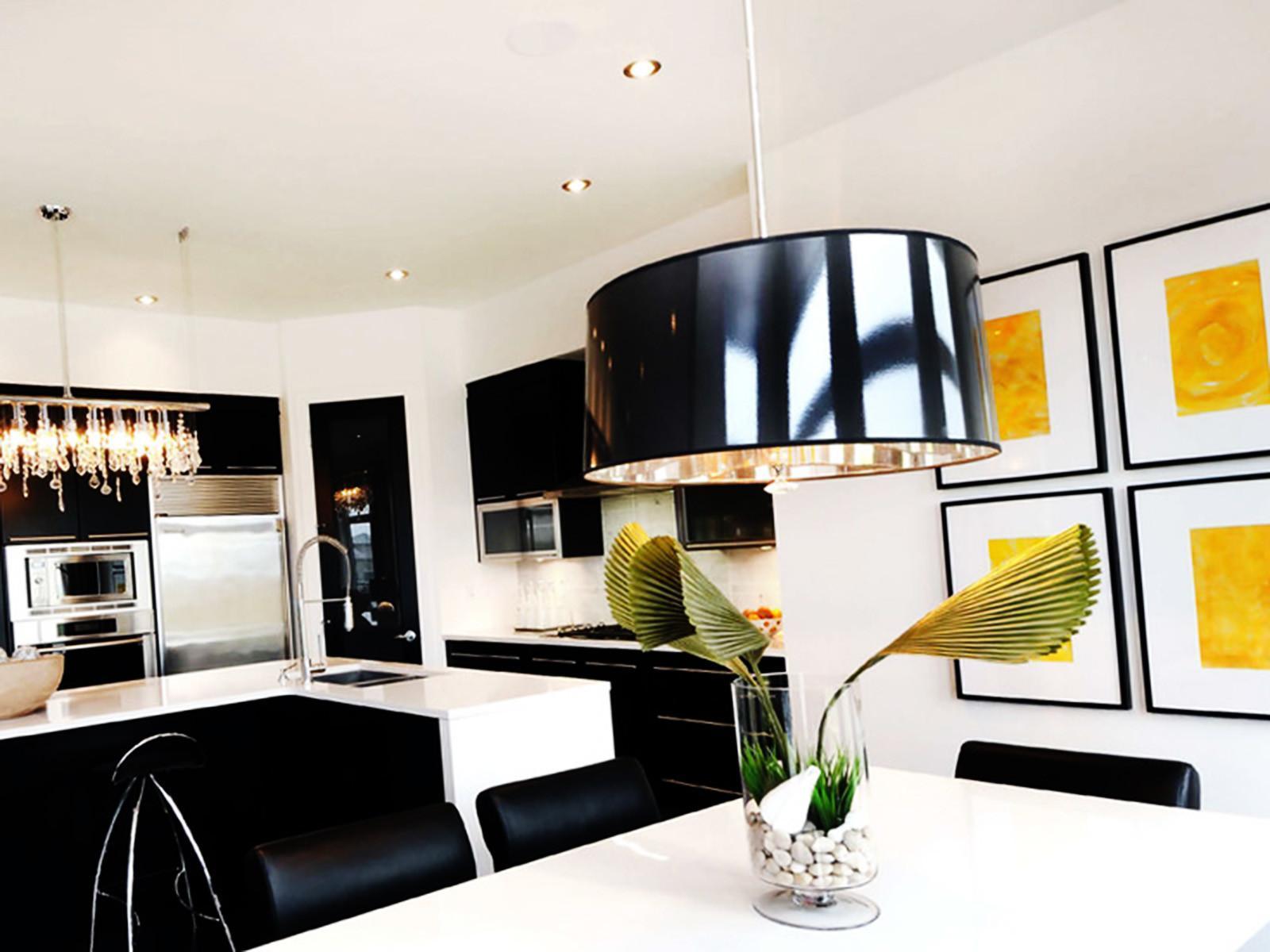 Идея на 2020 год - декор кухни светильниками в виде барабана