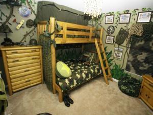 Камуфляж и баррикады - все что нужно для мальчика в детской комнате!