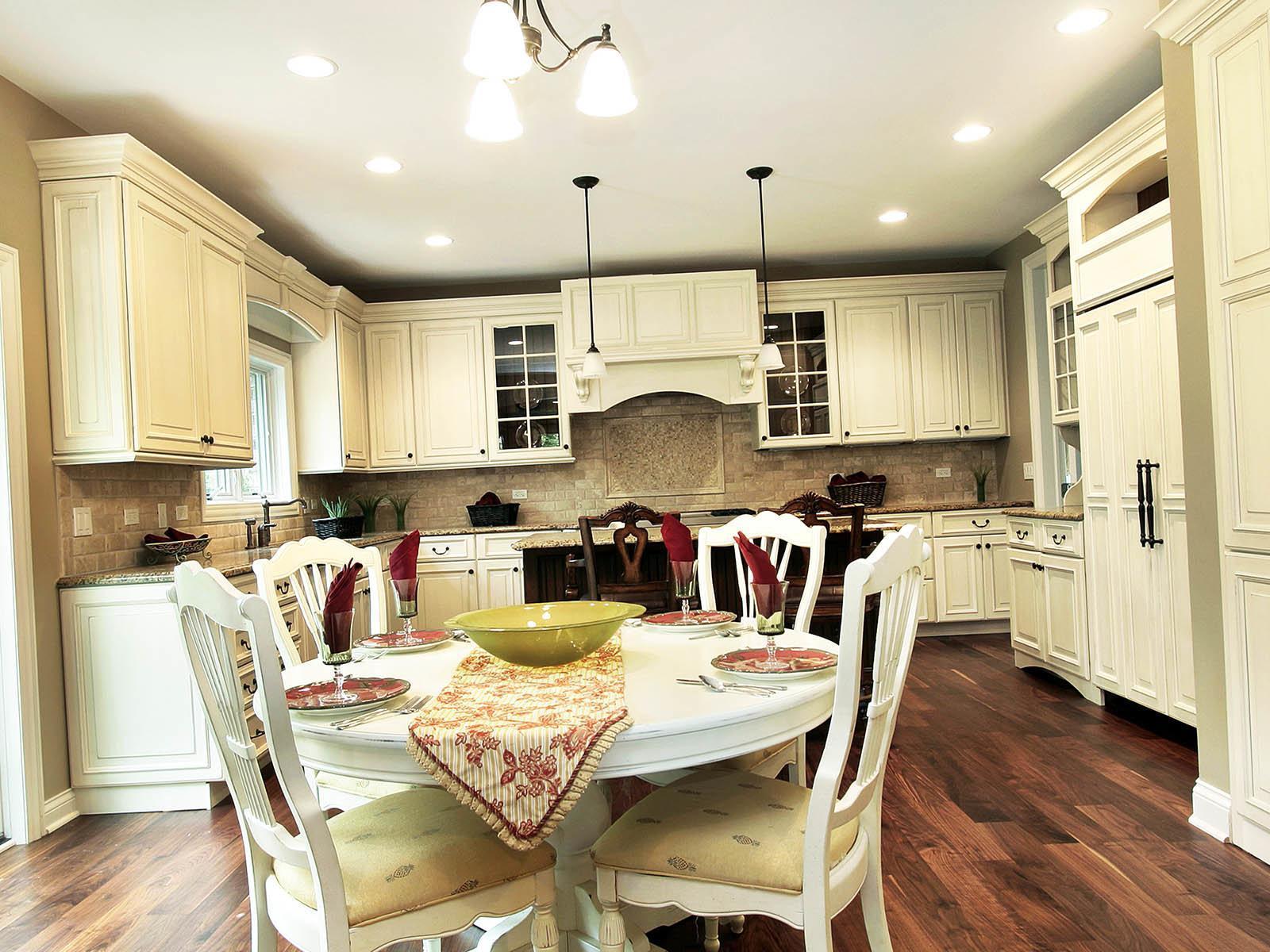 Выбираем утопленные лампы для освещения кухни