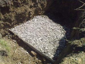 Делаем подушку для изготовления столбчатого фундамента под веранду