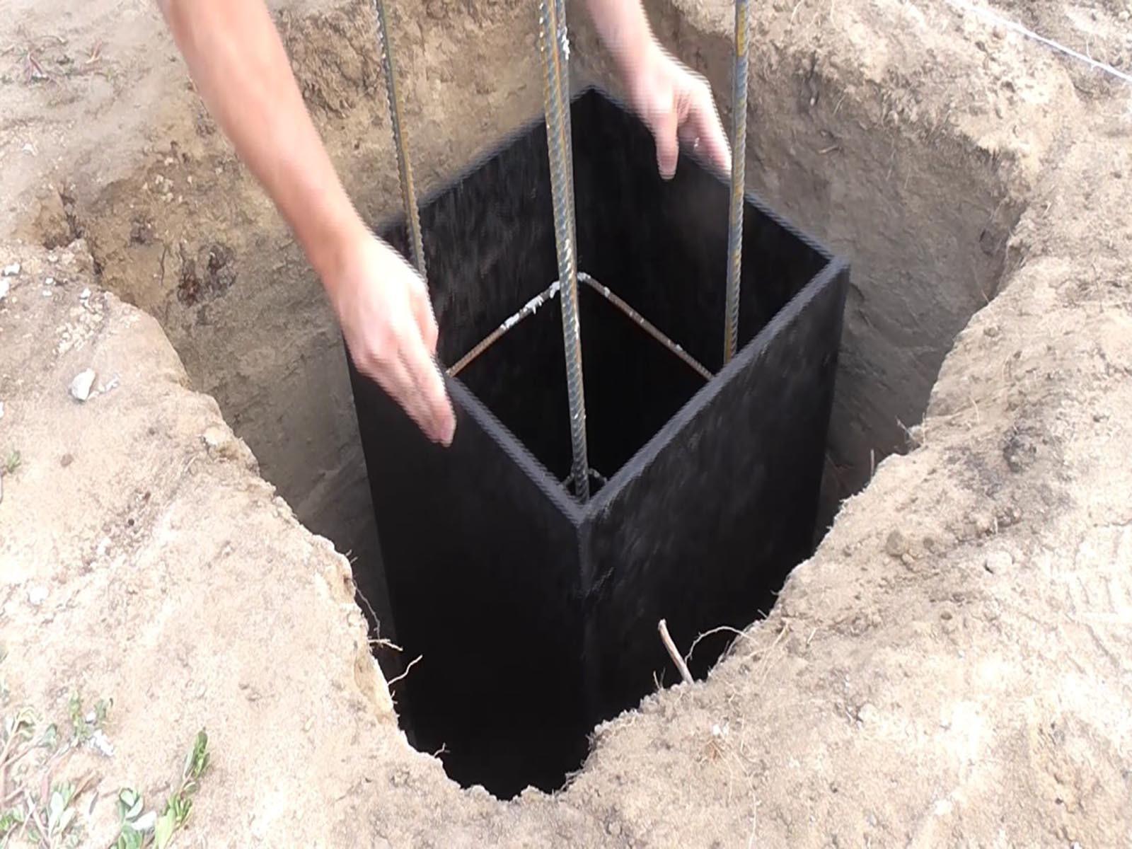 Делаем форму столбчатого фундамента под веранду
