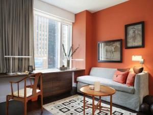 Оранжевые цвета в дизайне хрущевки своими руками