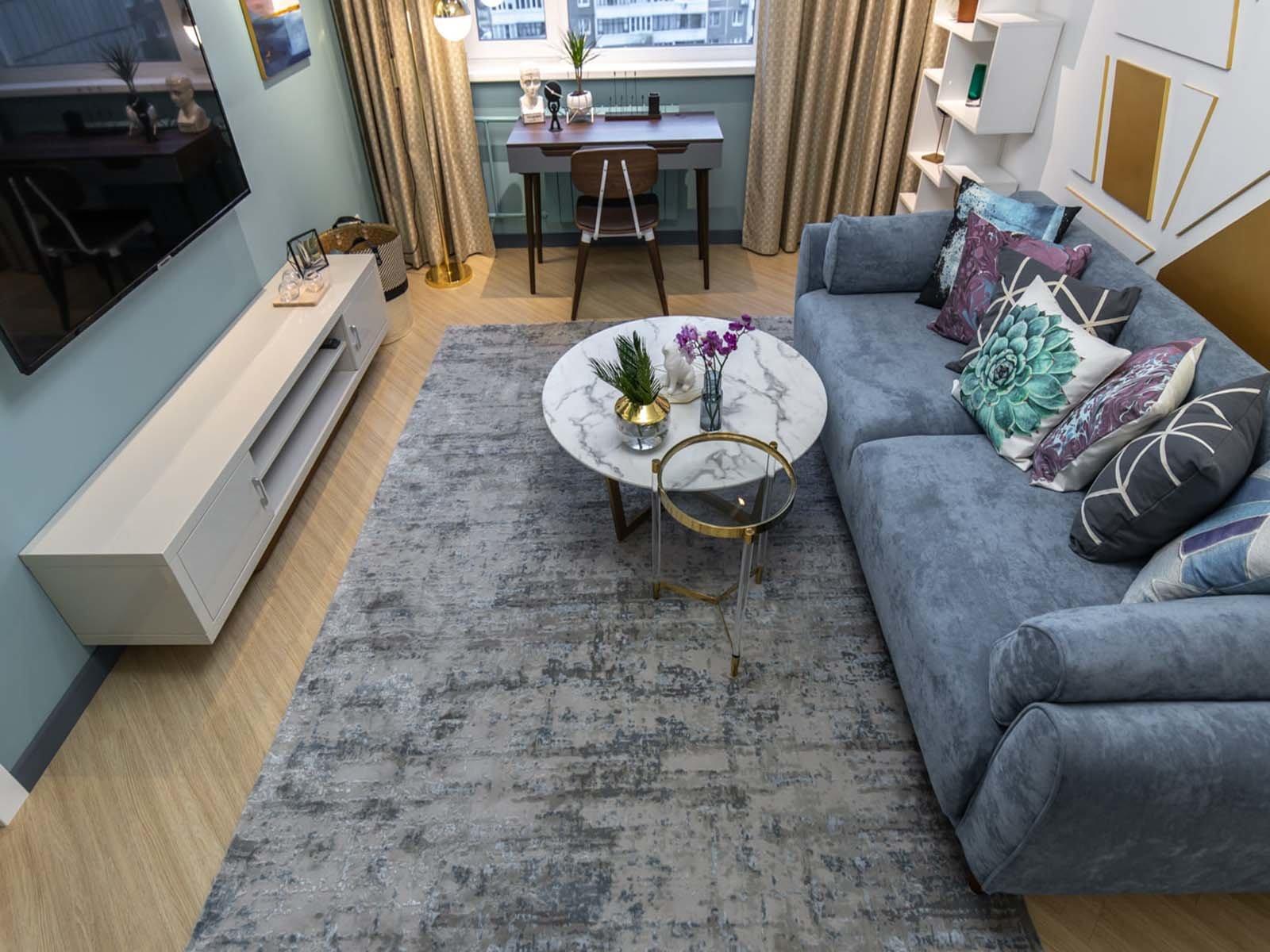 Для начала обустройте квартиру крупной мебелью