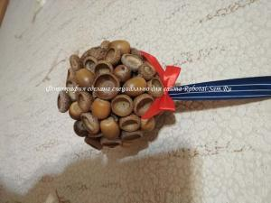 Декоративный шарик из природных материалов