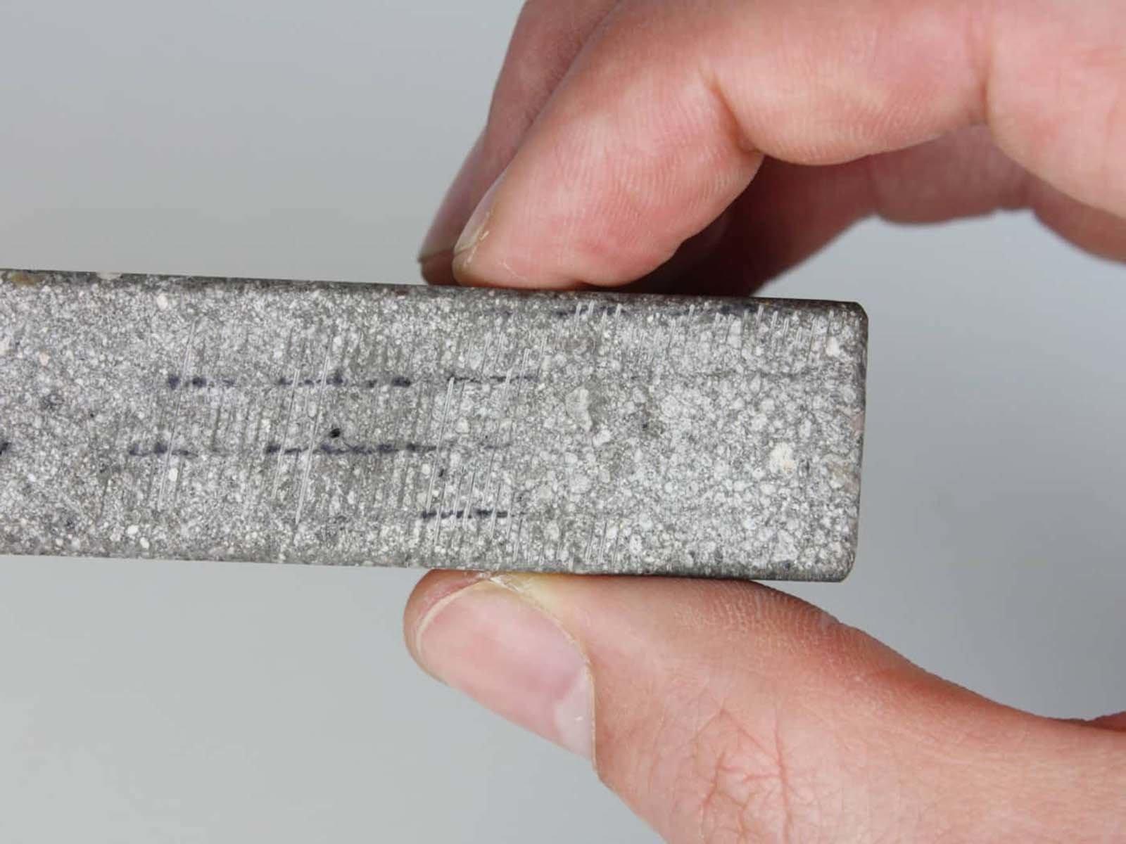 Добавление уплотнительных добавок в бетонную смесь