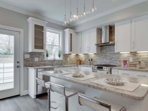 Кухня в популярном классическом стиле 2021