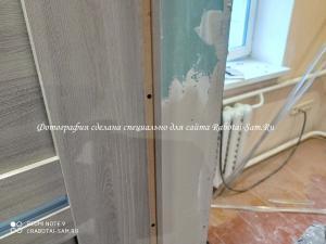 Шпатлюем и выравниваем дверные откосы