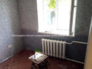 Нанесение жидких обоев на стены в зале своими руками