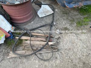 Демонтаж резинового уплотнителя с крышки жигулей-мангала