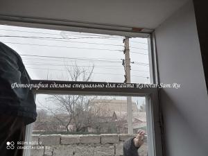 Демонтаж створок старого деревянного окна